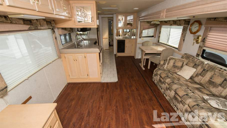 2001 Newmar Dutch Star 4095