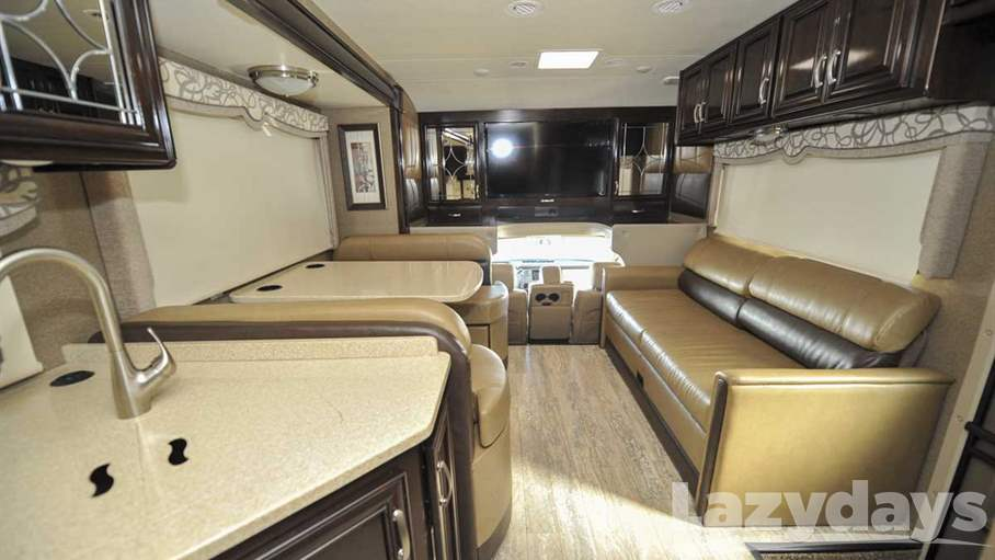 2016 Thor Motor Coach Four Winds 33SW
