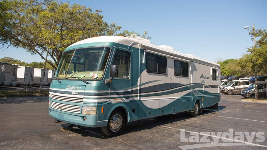 2000 Fleetwood RV Pace Arrow 36Z