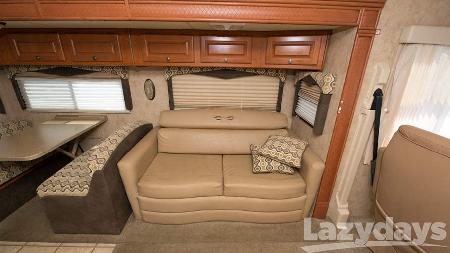 2008 Thor Motor Coach Outlaw 3612