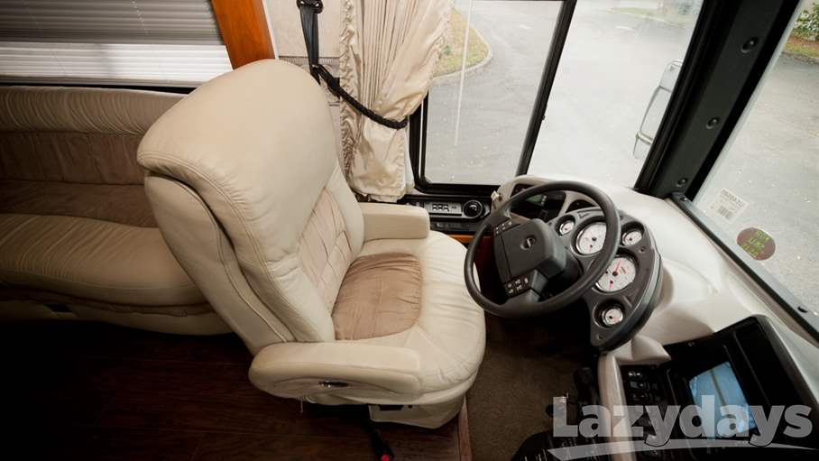 2005 Fleetwood RV Revolution 40C