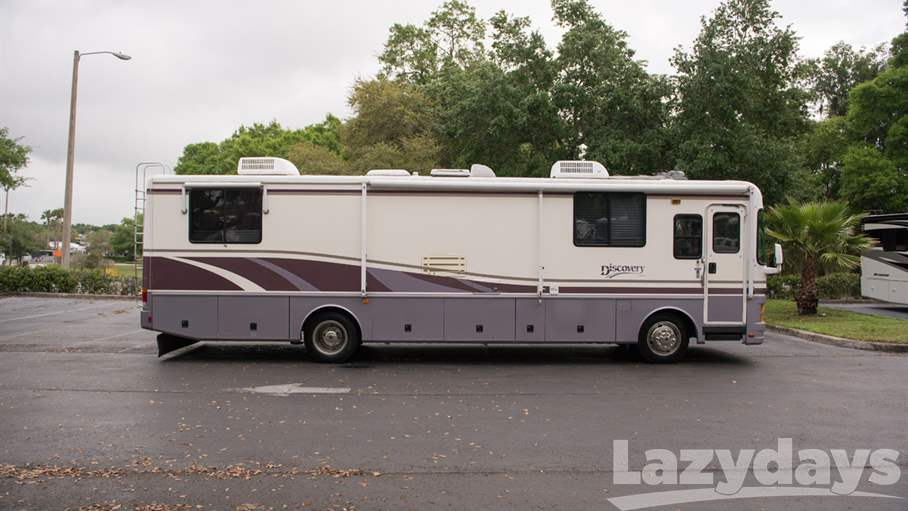 1999 Fleetwood RV Discovery 36T