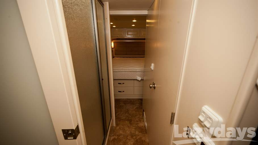 2011 Tiffin Motorhomes Breeze 32BR