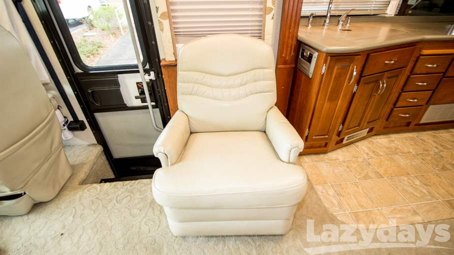2007 Fleetwood RV Pace Arrow 37C
