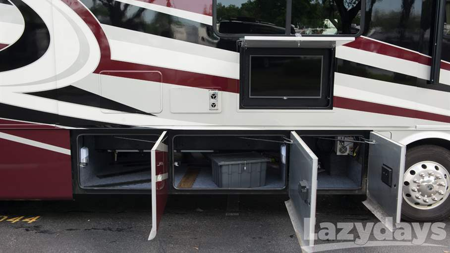 2016 Tiffin Motorhomes Breeze 32BR