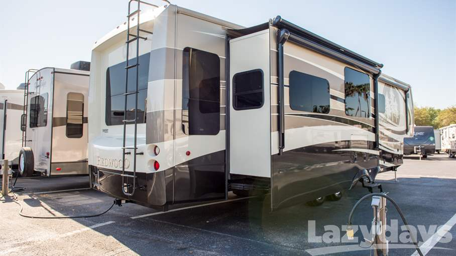 2015 Redwood RV Redwood 39MB