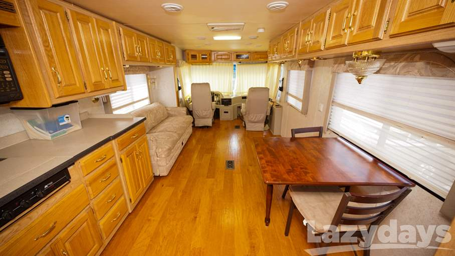 1999 Holiday Rambler Endeavor 36WDS