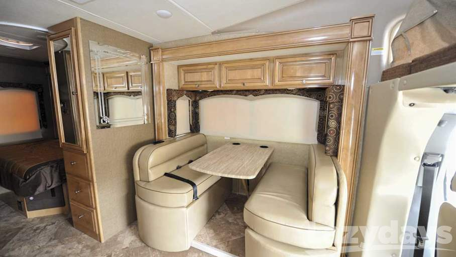 2016 Thor Motor Coach Four Winds Siesta Sprinter 24SS