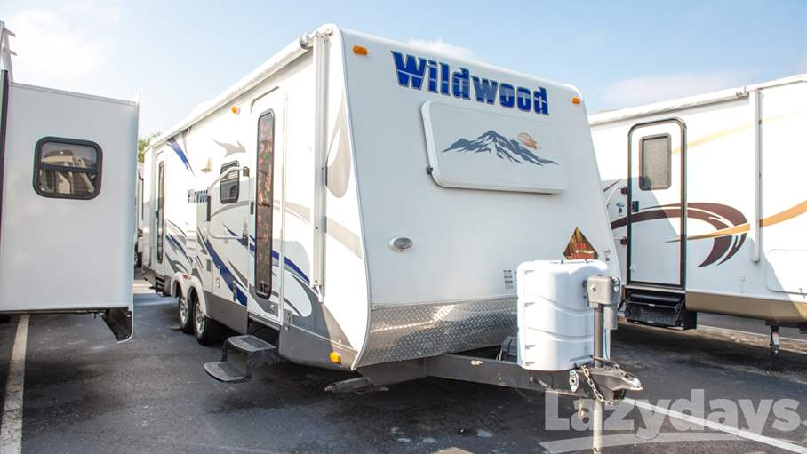 2010 Forest River Wildwood LA T262FLS
