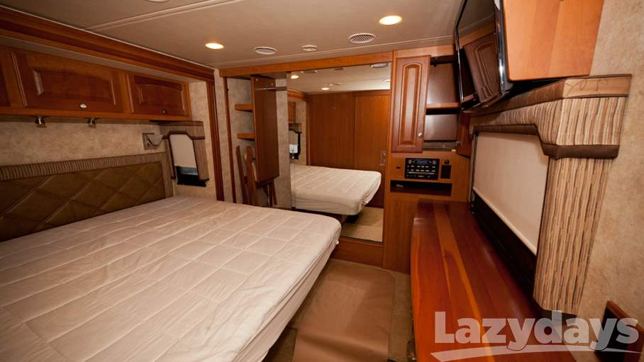 2011 Winnebago Journey 40L
