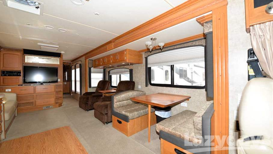 2008 Fleetwood RV Excursion 40X
