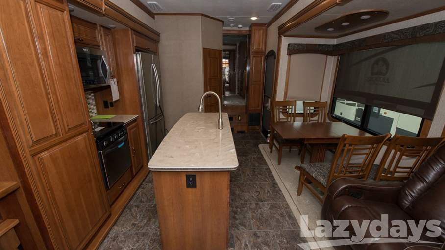 2017 Redwood RV Sequoia 38MBS