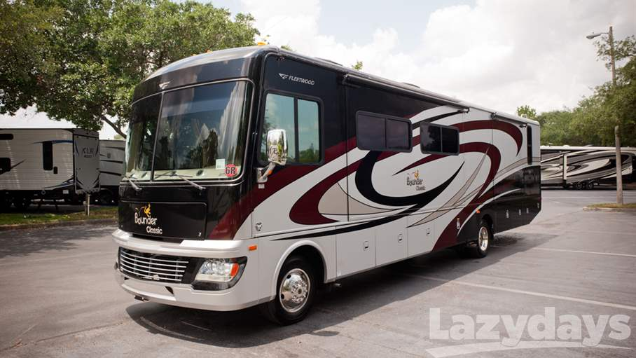 2011 Fleetwood RV Bounder 36R