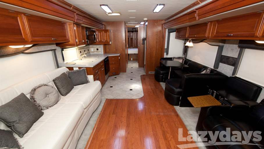 2007 Fleetwood RV Revolution LE 40L