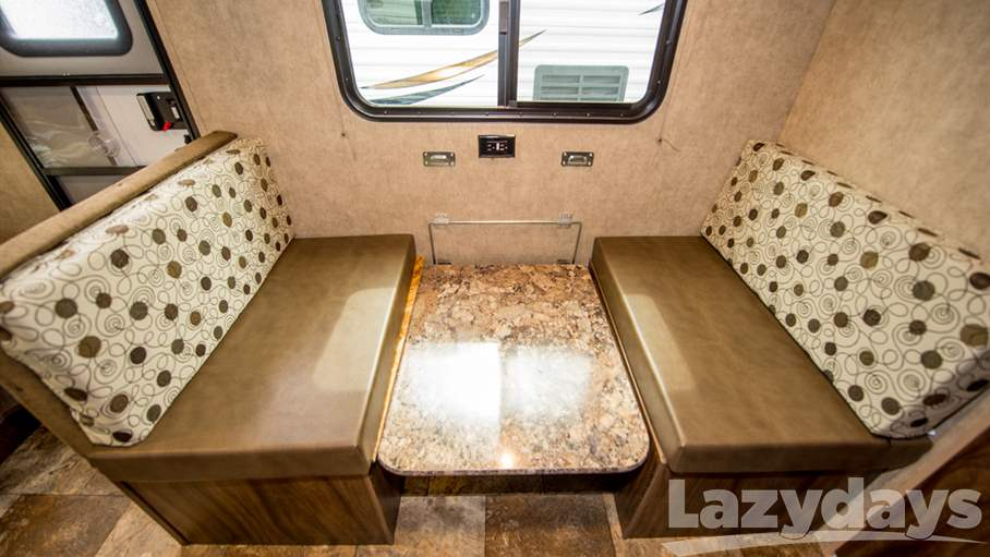 2017 Coachmen Clipper 17FQ