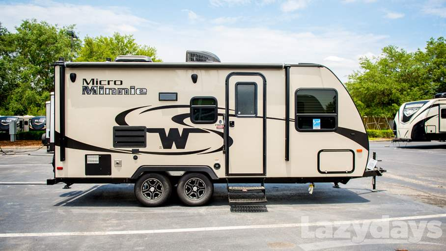 Simple 2017 Winnebago Micro Minnie 2106fbs For Sale  Awesome RV