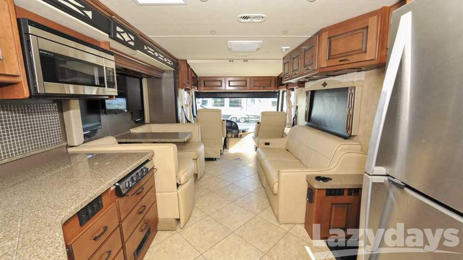 2015 Fleetwood RV Excursion 35E