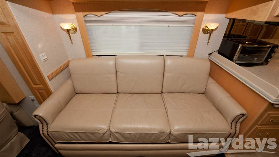 2005 Newmar Mountain Aire 40