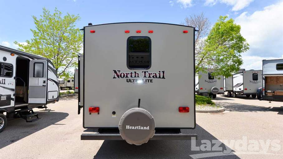2017 Heartland North Trail 22FBS