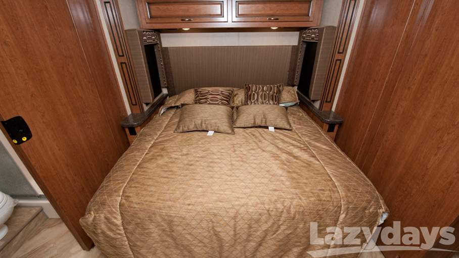 2017 Fleetwood RV Bounder 36H