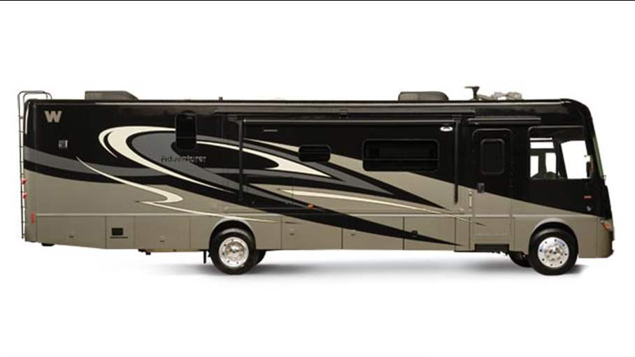 Model 2014 Winnebago Adventurer 38Q Class A Gas Cincinnati OH Colerain RV