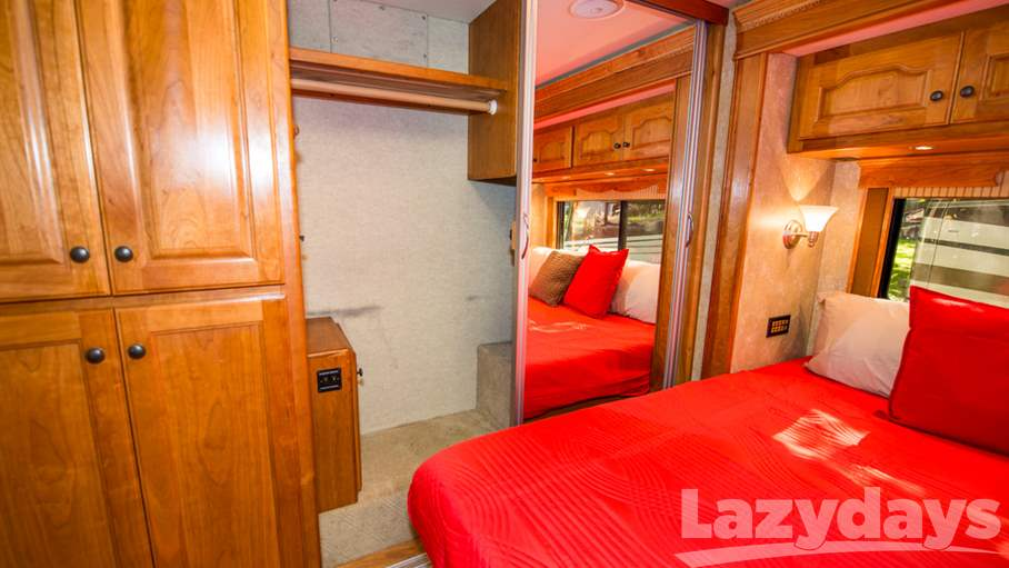 2009 Country Coach Allure 40 Hood River