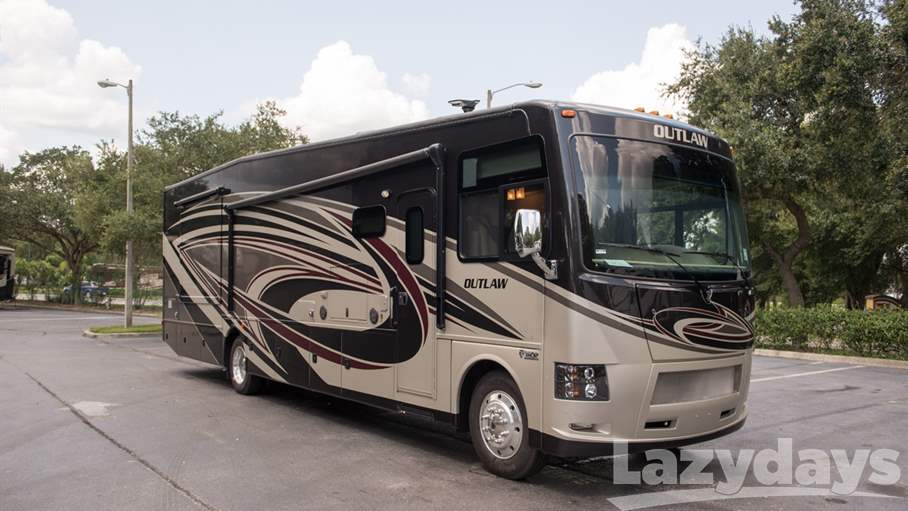 2017 thor motor coach outlaw 38re for sale in tampa fl for Best motor coach reviews