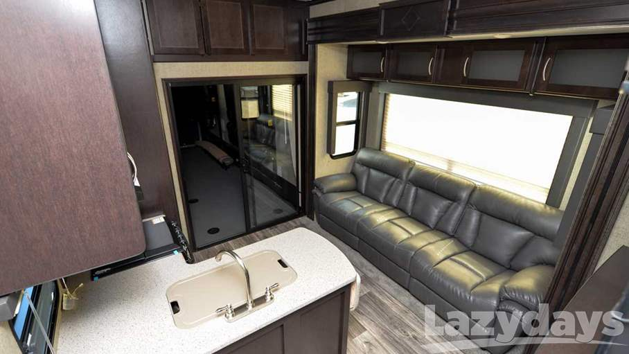 2017 Keystone RV Carbon 5th 387